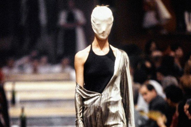 """""""Margiela /Galliera 1989-2009"""", la exposición para conocer al enigmático diseñador belga"""