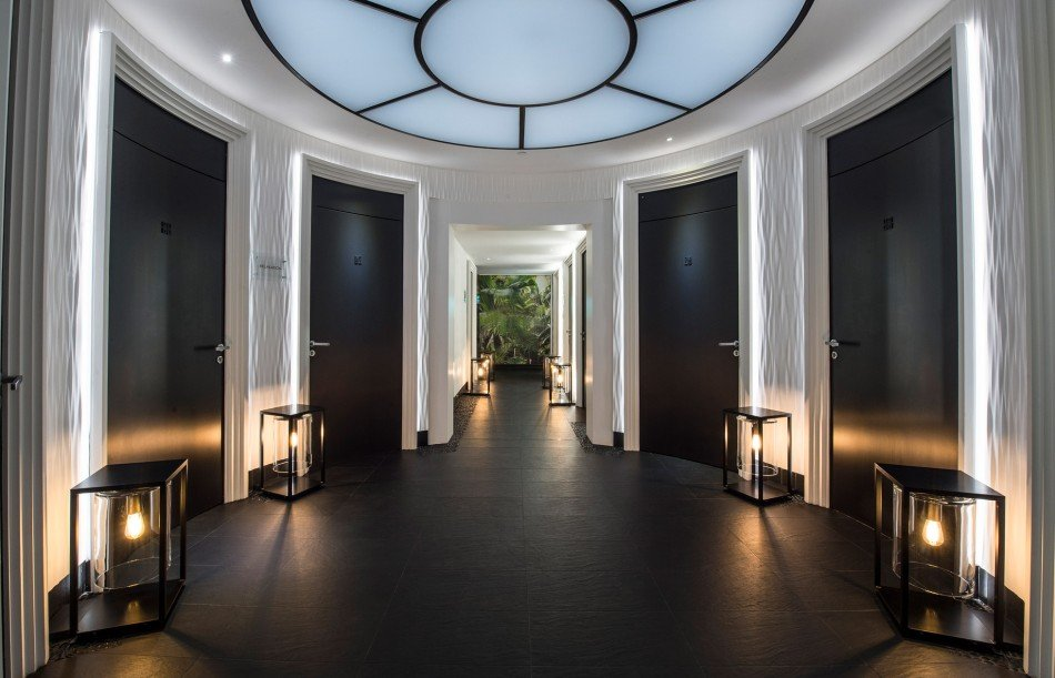 Spa-Metropole-Givenchy-TheLuxuryTrends