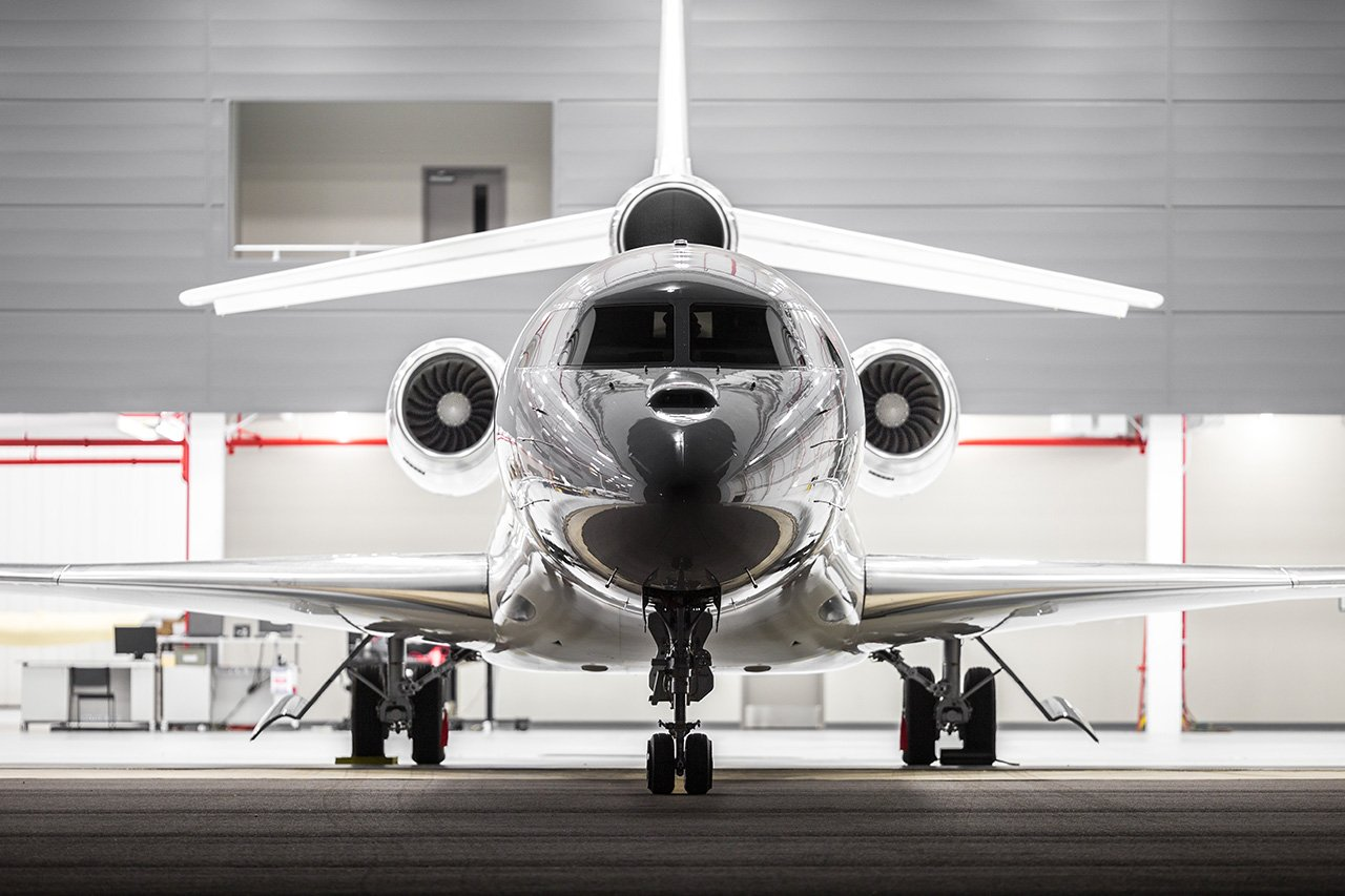 Falcon-8x-frontal-TheLuxuryTrends