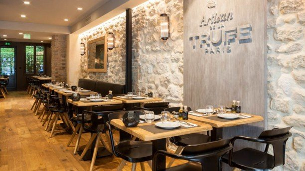 Artisan-de-la-Truffe-restaurante-TheLuxuryTrends