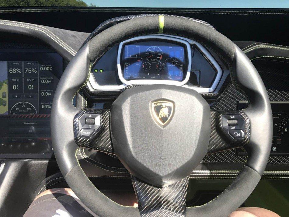 Lamborghini-ate-volante-TheLuxuryTrends