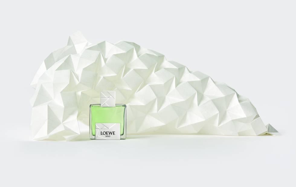 Solo Origami de Loewe, la fragancia inspirada en el arte japonés del papel