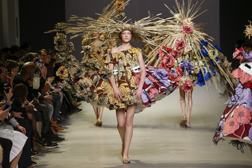 Viktor-and-Rolf-exposicion-Rotterdam-TheLuxuryTrends