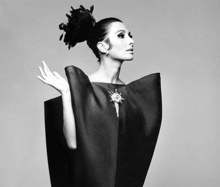 Historia de la moda a través del patrimonio de Balenciaga