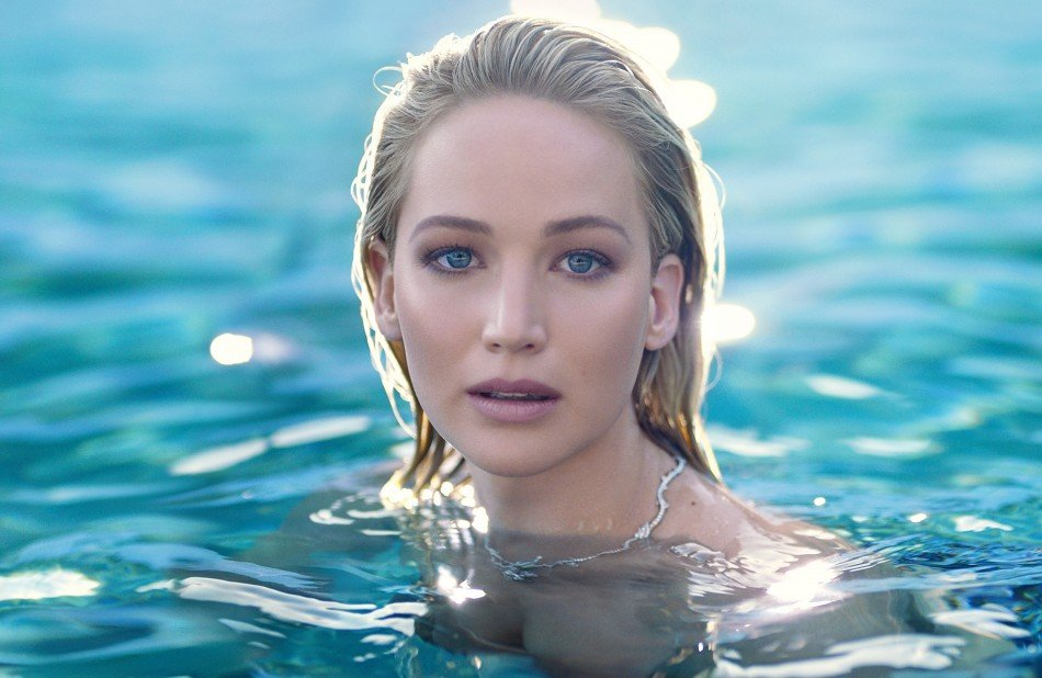 Joy-by-Dior-Jennifer-Lawrence-TheLuxuryTrends