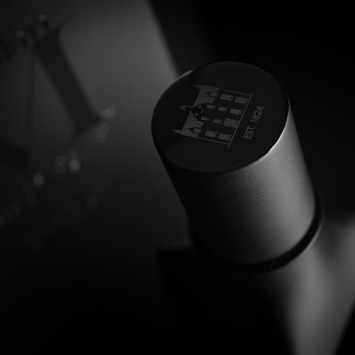 The-Macallan-M-Black-tpon-TheLuxuryTrends