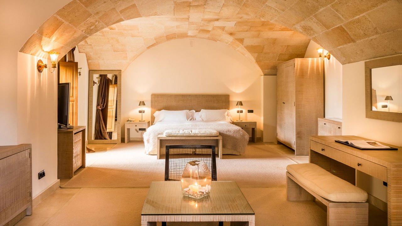 son-julia-boutique-hotel-suite-TheLuxuryTrends