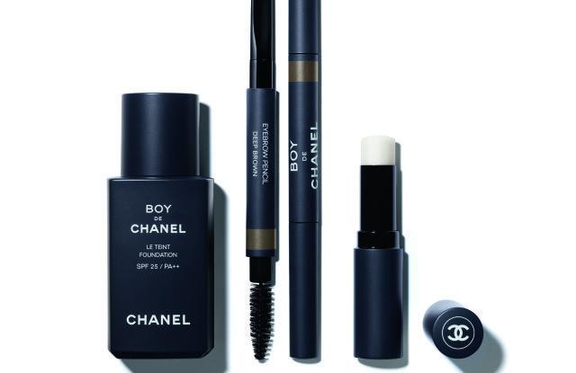 Boy-de-Chanel-make-up-men-TheLuxuryTrends