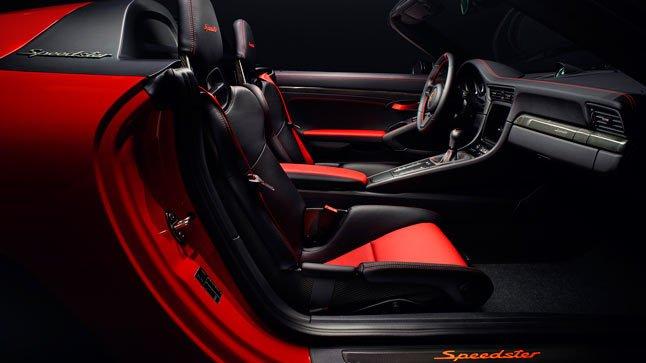 Porshe-911-Speedster-interior-TheLuxuryTrends
