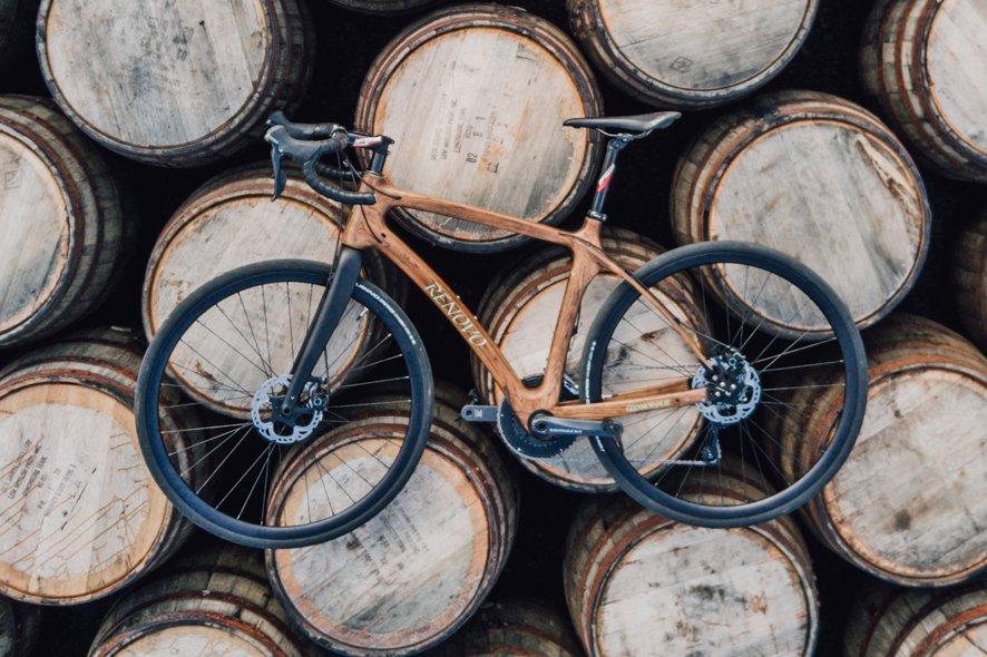 glenmorangie-bicicleta-TheLuxuryTrends