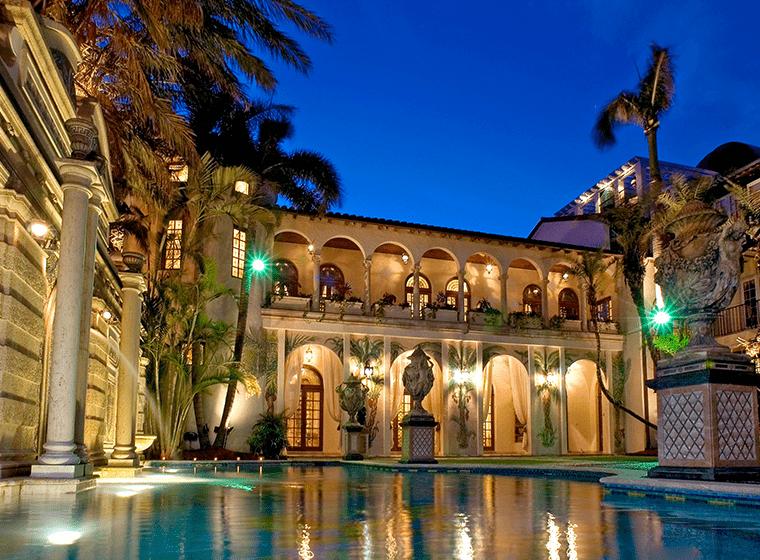 The Villa Casa Casuarina, el hotel de lujo con espíritu Versace