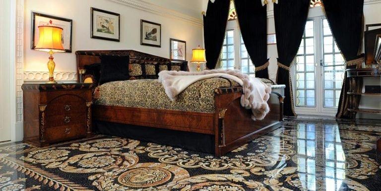 The-Villa-Casa-Casuarina-Versace-hotel-TheLuxuryTrends