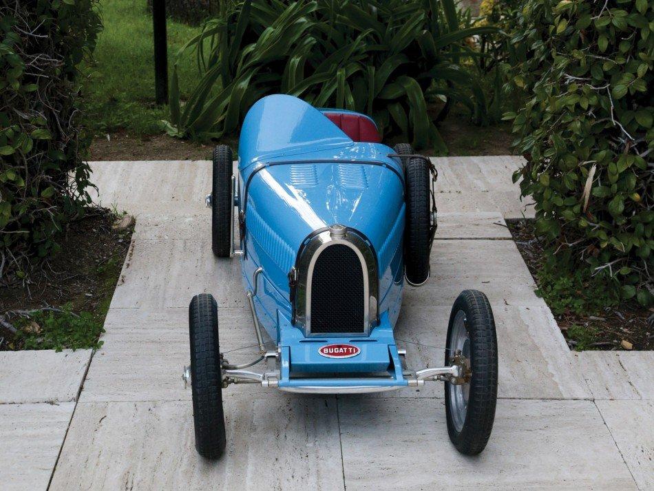 Bugatti-BAby-II-frontal-TheLuxuryTrends
