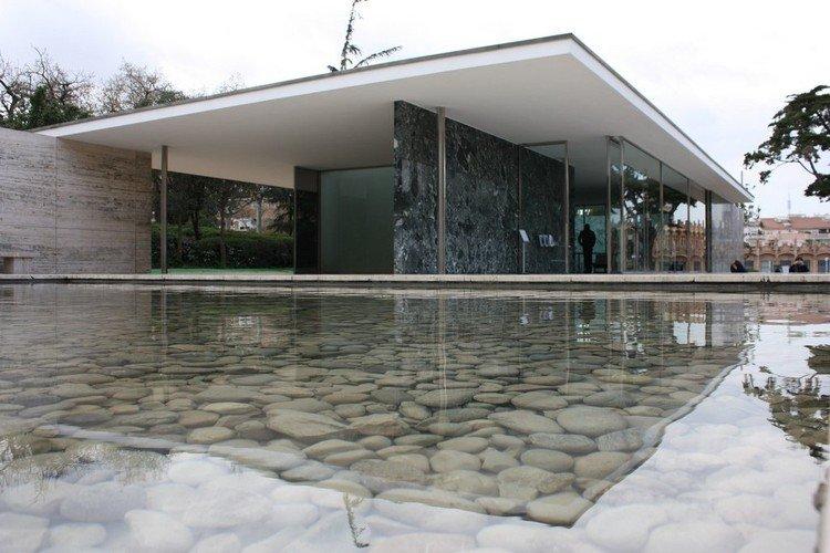 Bauhaus-pavellon-Mies-van-der-Rohe-Barcelona-TheLuxuryTrends