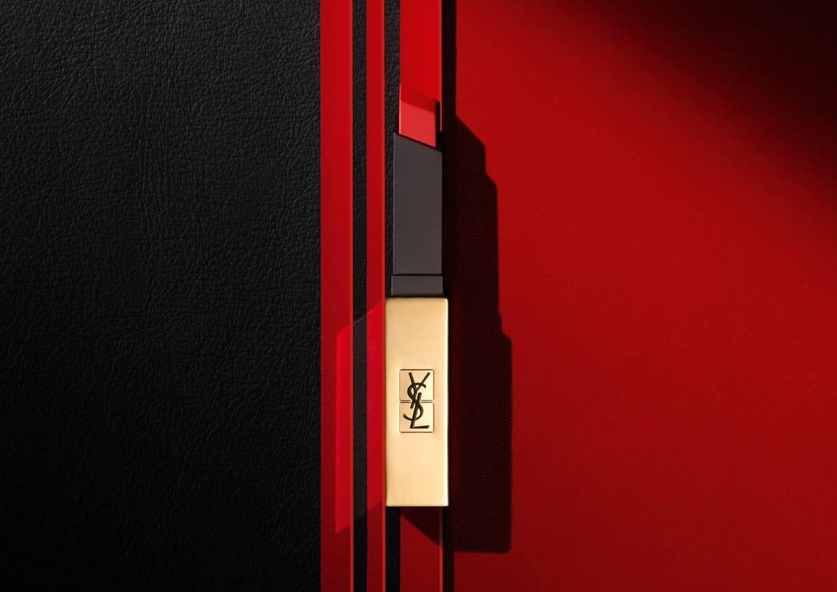 Rojo intenso, nuestro fondo de armario cosmético