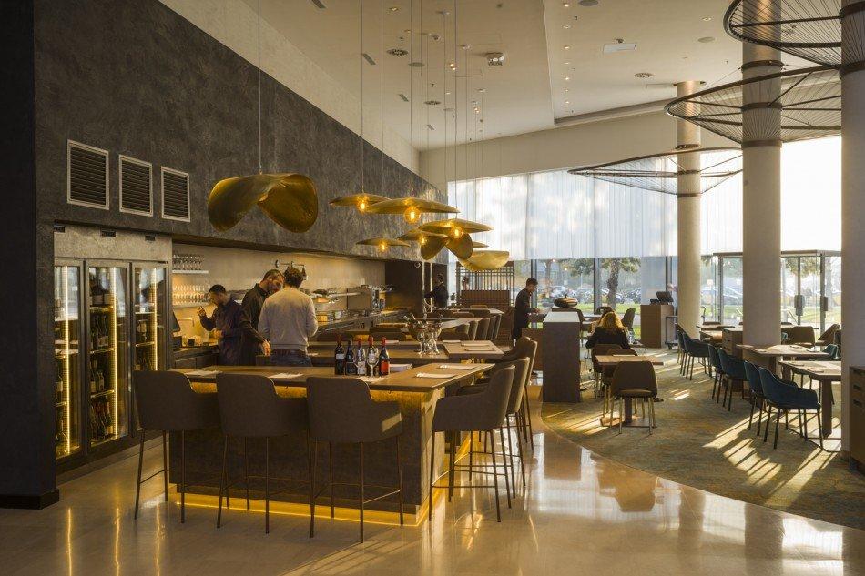Aurt-restaurante-Hilton-Diagonal-mar-TheLuxurytrends