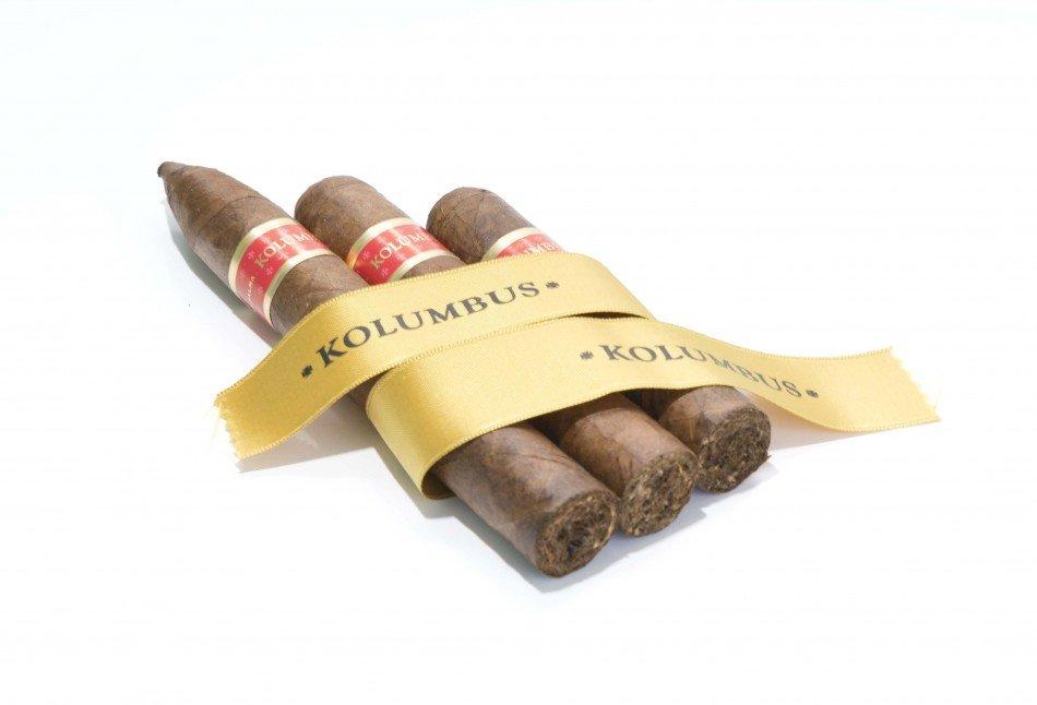Kolumbus-puros-premium-TheLuxuryTrends